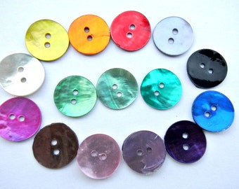 15 Shell buttons in 15 colors 13mm