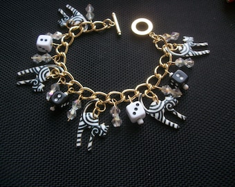 Lucky Cat Charm Bracelet Gold Plated chain 7.5 inches.