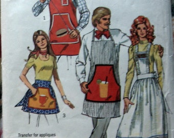 Vintage Bib And Half Apron Pattern Womens And Mens circa 1972 Simplicity 5097 One Size