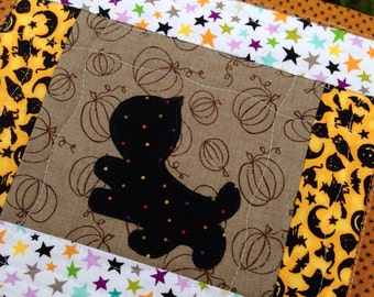 Halloween mini quilt black cat applique mug rug cute Halloween quilt large mug rug cat snack mat table mat Halloween place mat
