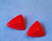 Vintage Red Plastic Faceted Triangle Clip-on Earrings