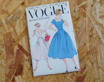 Vintage Vogue 1950's Pattern Full Skirt Dress 9329 size 14 Bust 34 RARE