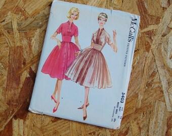 Vintage McCall's 1950's Pattern Full Skirt Dress 5403 size 10 Bust 31 copyright 1960