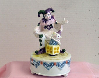 Music Box - Court Jester and Jack in the Box - LEFTON - Ceramic - Interactive - 1989