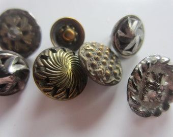 Vintage Buttons - Collector molded metal, pressed and molded, Victorian lot of 7 florals, and assorted designs, very old (lot july727)