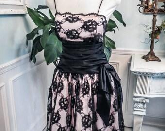 Vintage Black Lace & Pink Satin Old Hollywood  Pin Up Coktail Dress S