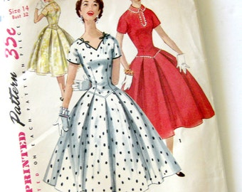 1950s Vintage Sewing Pattern - Simplicity 1076 - Rockabilly Full Skirt Party Dress / UNCUT FF Size 14