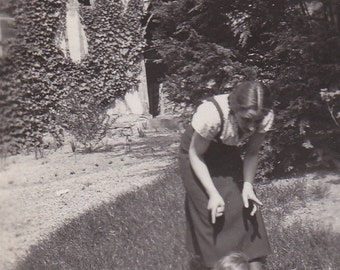 Vintage 1930/30s old French black and white snapshot photography Mum  baby & dog playing in a garden