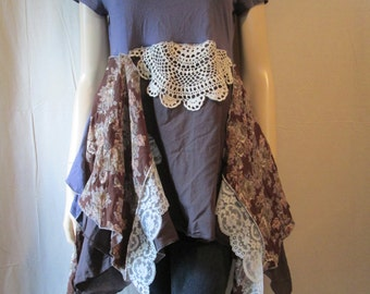 Lagenlook Tunic Lavender Floral with Vintage Lace Gypsy Boho Size S - M