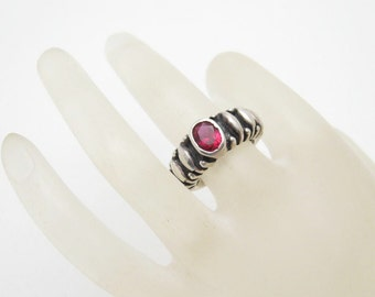 Vintage Sterling Ring Red Stone Vachi Jewelry R6748