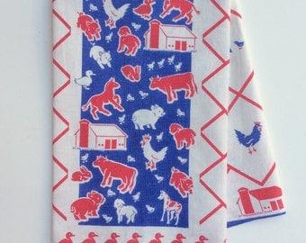 Vintage Towel Barnyard Farm Fun Cows Pigs Sheep