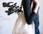 smocked linen bag (light)