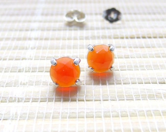 Red Onyx Cabochon Stud Sterling Silver Earring 6mm