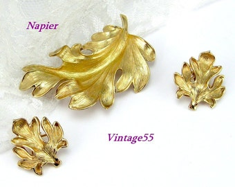 Napier Brooch Oak Leaf set Earrings