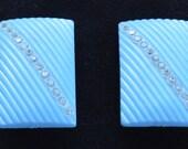 Pretty Vintage Light Blue, Rhinestone Ribbed Rectangular Clip Earrings, Plastic (AK17)