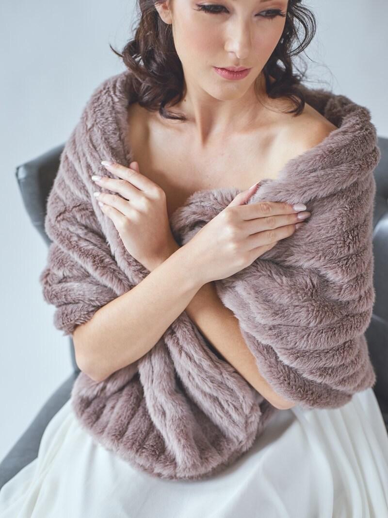Bridal fur stole wedding shawl faux fur wrap winter - Stoel fur ...