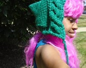 green forest pixie knit hood