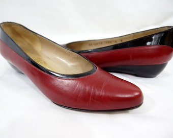 Vintage Salvatore Ferragamo Shoes Slip Ons Flats Red Black Ballet Leather Pointy Designer Size 6