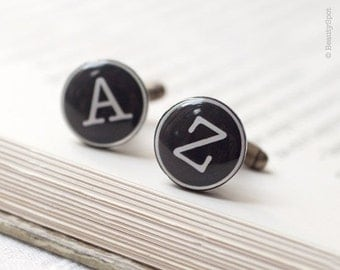 Personalized wedding cufflinks  - Initials cufflinks - Groom Cufflinks - Custom cufflinks - personalized gift - monogram cufflinks (C006)