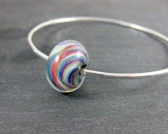 Bangle Bracelet, Colorful Glass Bracelet, Stacking Bracelet, Simple Sterling Silver Bracelet, Hammered Silver Bracelet, Lampwork Bracelet