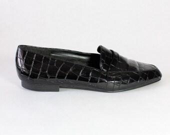 Vintage Black Glossy Faux Croc Slip On Loafers, size 8
