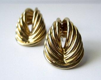 Minimalist Earrings Vintage 80s Gold Jewelry Simple Curved Avant Garde 1980s Post Earrings