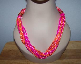 braided yarn necklace