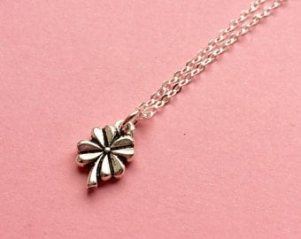 Flower necklace, silver flower necklace, clover necklace, four leaf clover jewellery, nature inspired jewelry, good luck charm necklace