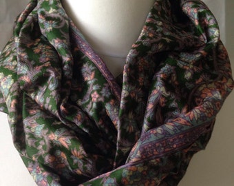 Clearance Sale - Emerald Green Floral Sari Infinity Scarf - Eternity Scarf - Upcycled Sari - CMCIS0056