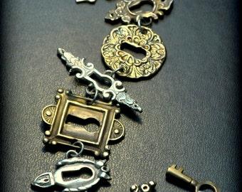 Sale! Keyhole Lock Bracelet New!!