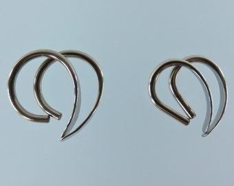 12 gauge niobium earrings: Apostrophe set of 2 pairs