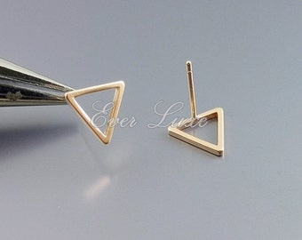 Bestseller! 4 matte rose gold triangle earrings, triangle stud earings, studs, everyday earrings, geometric earrings, 1068-MRG-10