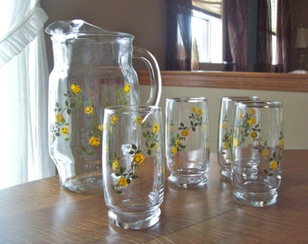 Vintage Pitcher Yellow Flower Pitcher and Glasses, Shabby Chic, French Country Glass Pitcher