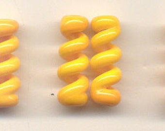 Tom's lampwork opaque dark yellow twist cylinder beads, drops, spacers 20mm, 2 beads, 1 pair, 99041-1