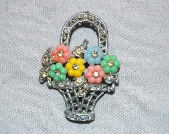 Vintage / Victorian / C Clasp / Rhinestone / Basket / Flower / Brooch / jewellery / jewelry / old