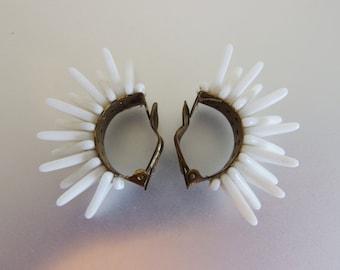 Lovely Vintage 1960's Milk Glass Spikey Clip on Earrings