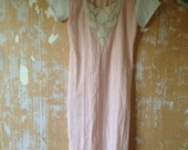 vintage.  70s Pink and White Cotton Beaded Tunic // S to M
