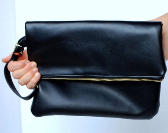 Handheld Strap Lined Clutch