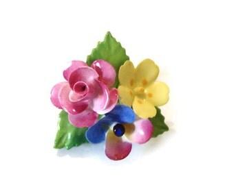Vintage Cara China Brooch Staffordshire England / Pretty Flowers