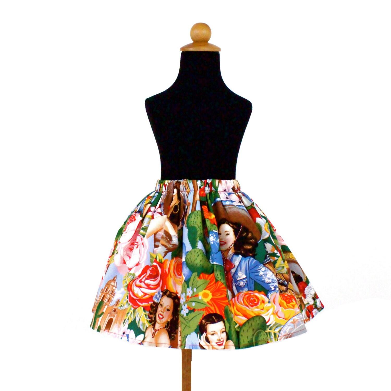 Faldas de tul ideales para una invitada perfecta