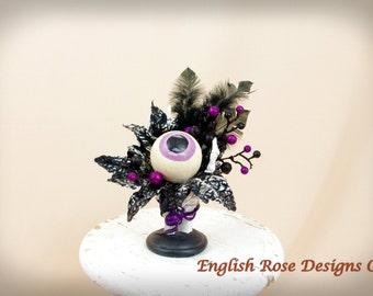 Skeleton Hand Floral Arrangement * Skeleton Centerpiece * Halloween Decoration * Skeleton Halloween * Skeleton Decor * Eyeball Decor