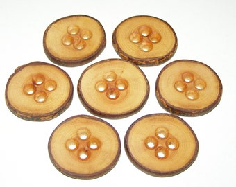 "7 Handmade  wood Tree Branch Buttons with Bark, accessories (1,38'' diameter x 0,24"" thick)"