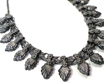 VINTAGE Old hirz bedouin ethnic silver necklace from the Middle East,  tribal necklace