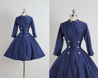 Vicky Vaughn .  vintage 1950s dress . vintage dress . 5115
