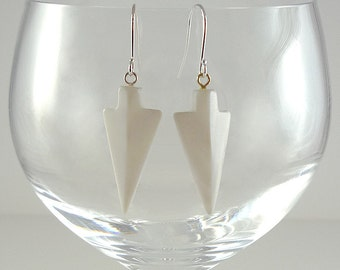 Mother of Pearl Earrings White Mother of Pearl Earrings Mother of Pearl Drop Earrings White Shell Earrings Mother of Pearl Dangle Earrings