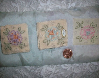 Hand done embroidered swiss applique 1920s in pastels