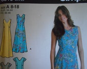 Simplicity 3819 Easy princess seam dress in two lengths sewing pattern tote bag size 8 - 18