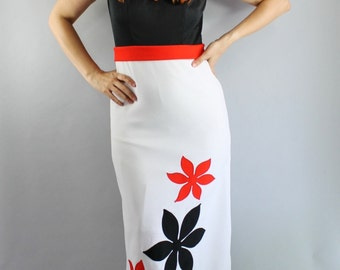 SALE - Vintage 60s Black White Red Women's Mod Floral Maxi Dress