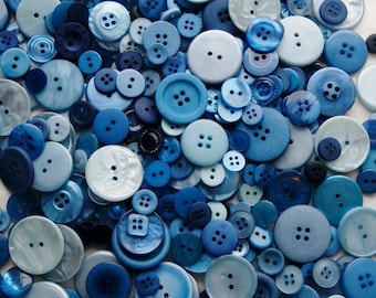 25 Mix Blue Buttons,  Blue Berry Pie Mix, Assorted Sizes, Sewing, Crafting, Mix Grab Bag, Jewelry Collect (583)
