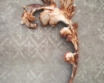 Wall decor,cast iron leaf,rusted leaf, aged white leaf,fence panel parts,gate parts,salvages fence parts,finials,salvaged parts,metal leaf